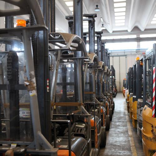 selini-group-carrelli-elevatori-piattaforme-aeree-nuovo-usato15_small