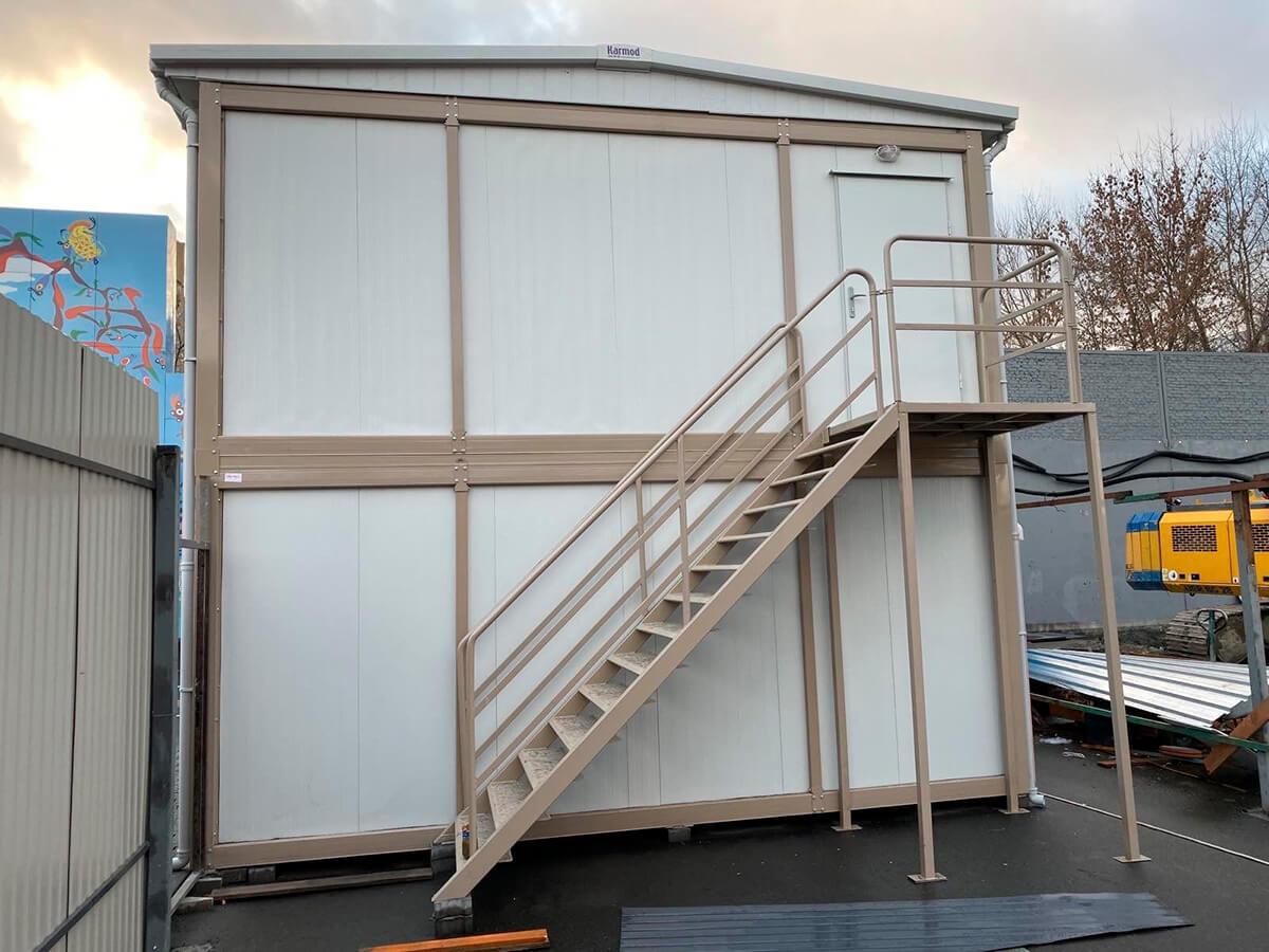 Збірно-розбірний модуль з контейнерів, Кармод